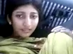 Indian Girl Shows Her Prudish Vagina Be fitting of A Free Ride
