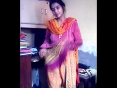 Bangladeshi Bhabi  Hide copulation her Dabor on Adultstube.co