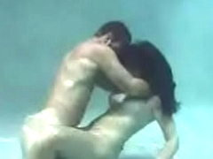 Undersea Hot Sex (Full Video)