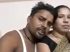 Hungry for desi aunty big boobes